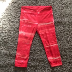 Under Armour Fitted Capri Pants